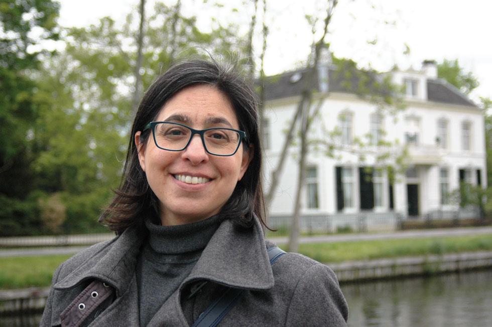 """רחלי לביא-דגן בהולנד. """"התפיסה כאן היא שלא כל אחד יכול או צריך להיות פרופסור באוניברסיטה"""" (צילום: אלבום פרטי)"""
