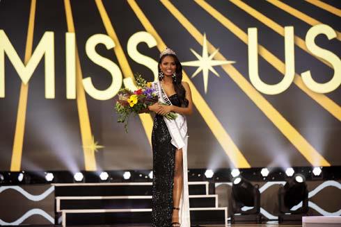 ילידת מיסיסיפי כמו אלביס פרסלי, שבאחוזתו התקיים הטקס  (צילום: Jessielyn Palumbo/Miss Universe organization)