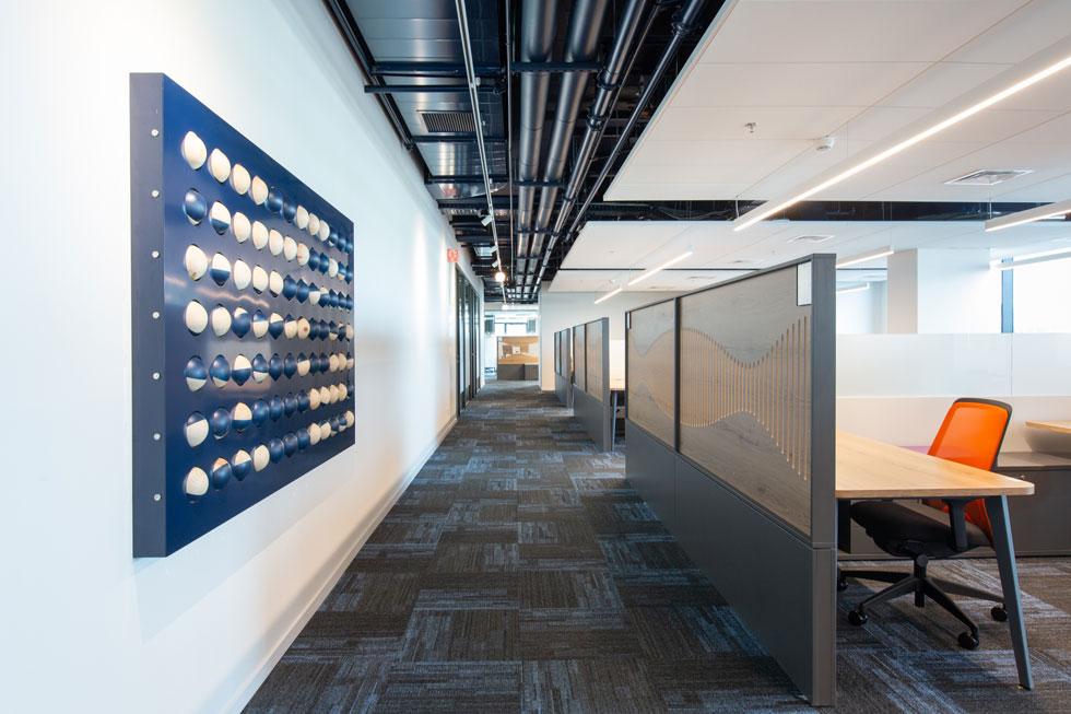 בלי הקופצניות של חברות הדיגיטל וההיי-טק. בזק שכרה את 7 הקומות לעשור שלם, עם אופציה של הארכה משמעותית (צילום: דור נבו)