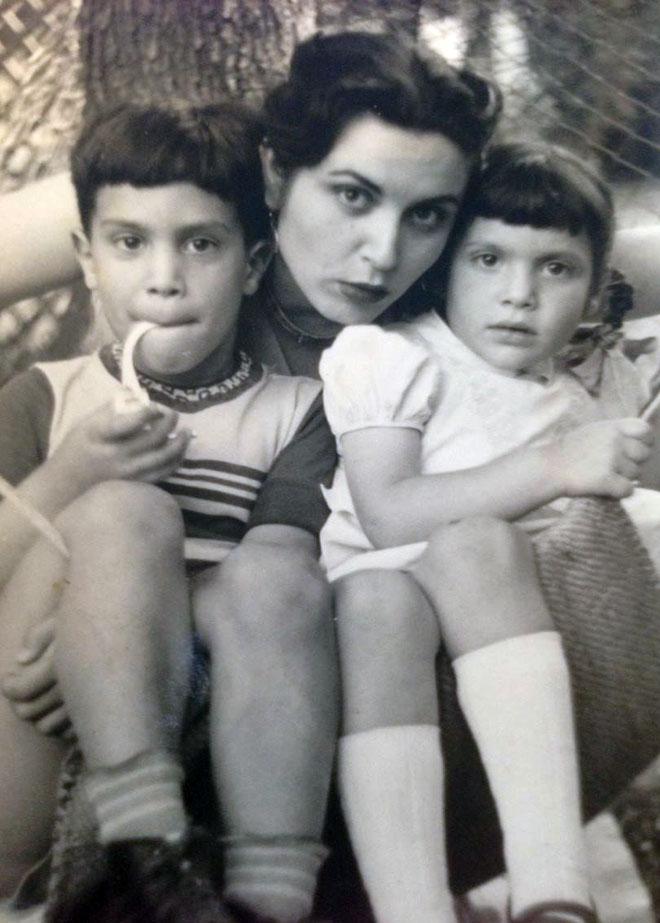 סבתא פנינה. השפיעה עלינו לטפל בעור שלנו באמצעים טבעיים שיש לכל אחד בבית (צילום: אלבום משפחתי)