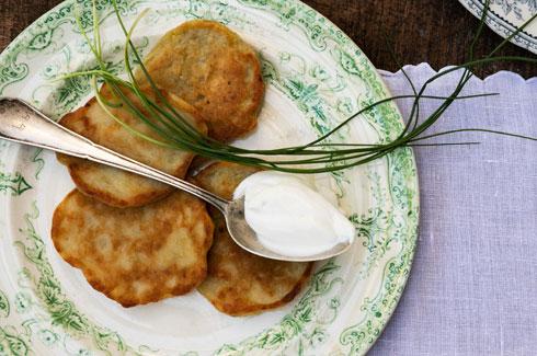 לביבות תפוחי אדמה איריות (צילום: טל שחר)