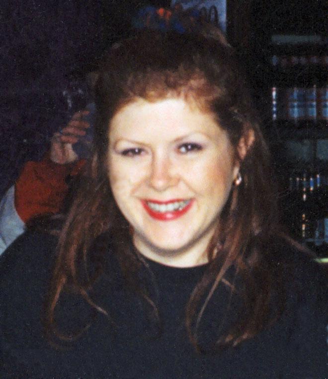 מקול ב-1995. הספיקה להציל את שני בניה ונהרגה מיד לאחר מכן (צילום:  Shashenka, cc)