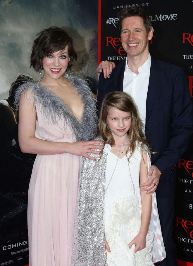 משפחתית עם בן הזוג פול וו.ס. אנדרסון והבת אבר, 2017 (צילום: AP)