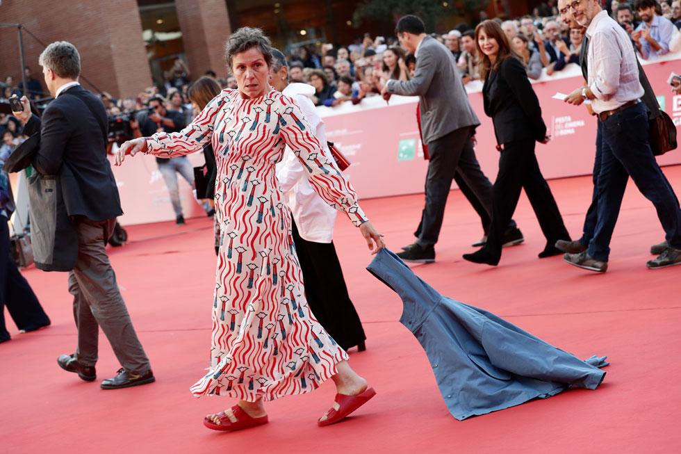 הסבירה כי נעילת סנדלי בירקנשטוק נוחים זו בחירה פוליטית. בפסטיבל הקולנוע ברומא, 2019 (צילום: Vittorio Zunino Celotto/GettyimagesIL)