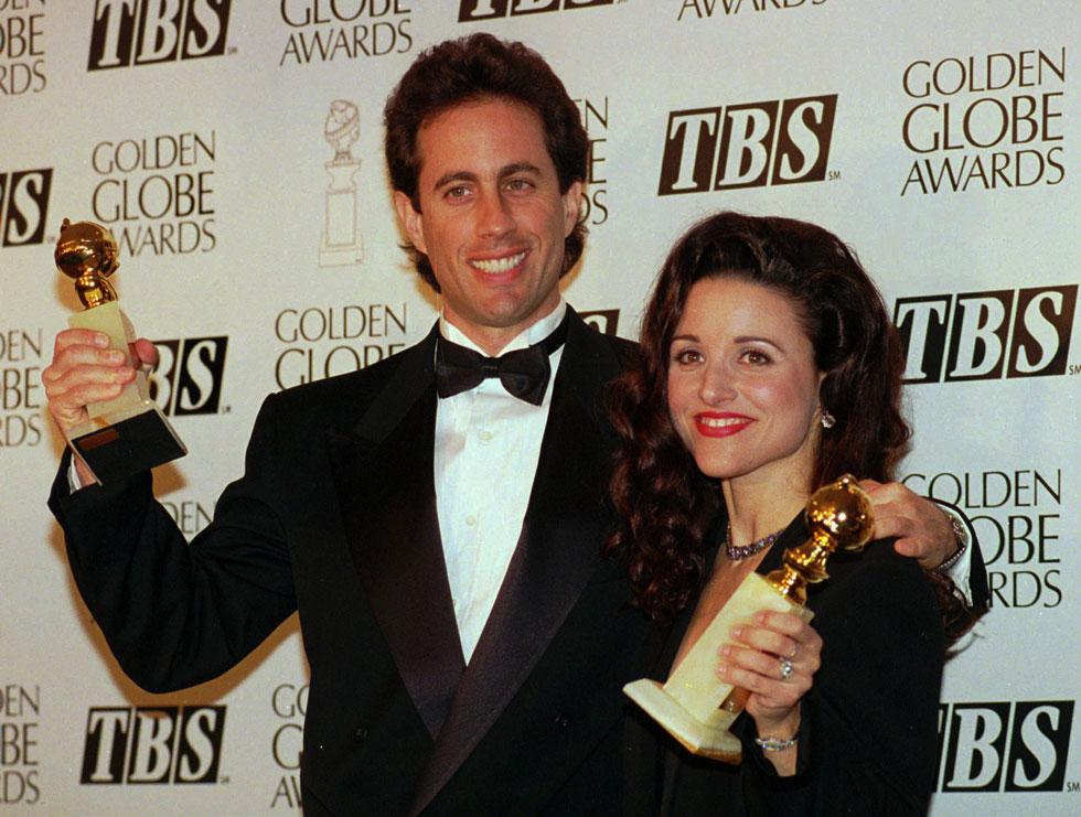 ניצלה מקללת הסדרה. לואי דרייפוס עם ג'רי סיינפלד, 1994 (צילום: AP)