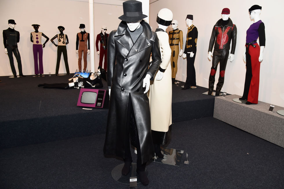 תערוכה של בגדים בעיצוב פייר קארדן (צילום: Pascal Le Segretain/GettyimagesIL)