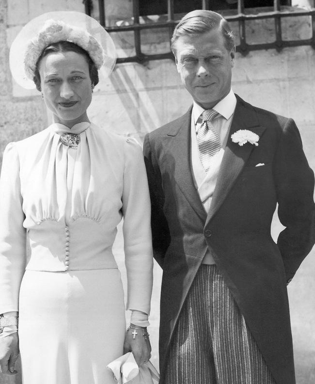 לבדם ביום חתונתם. אדוארד ו-וואליס (צילום: AP)