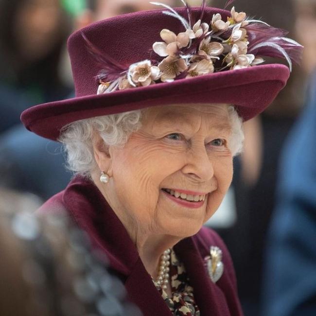 ראויה לקצת חגיגות אחרי השנה השחורה שהיא עברה. המלכה אליזבת (צילום: אינסטגרם)