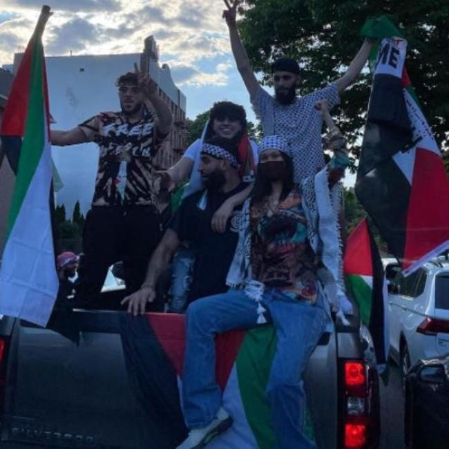 פעילה בהפגנות. בלה חדיד (צילום: אינסטגרם)
