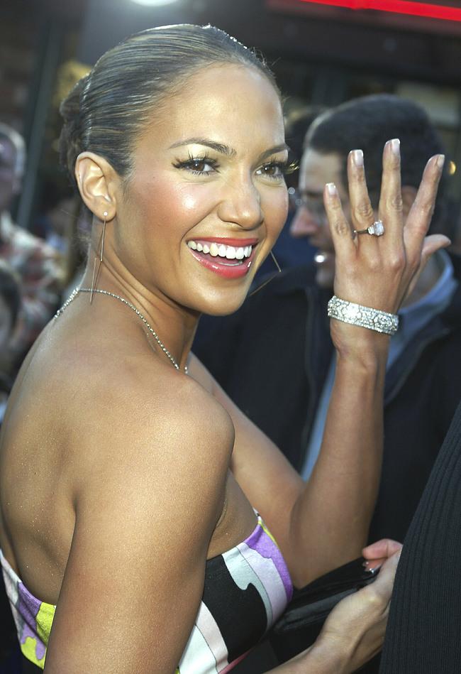 זה גדול ונוצץ! ג'יי לו וטבעת האירוסים (צילום: Gettyimages)