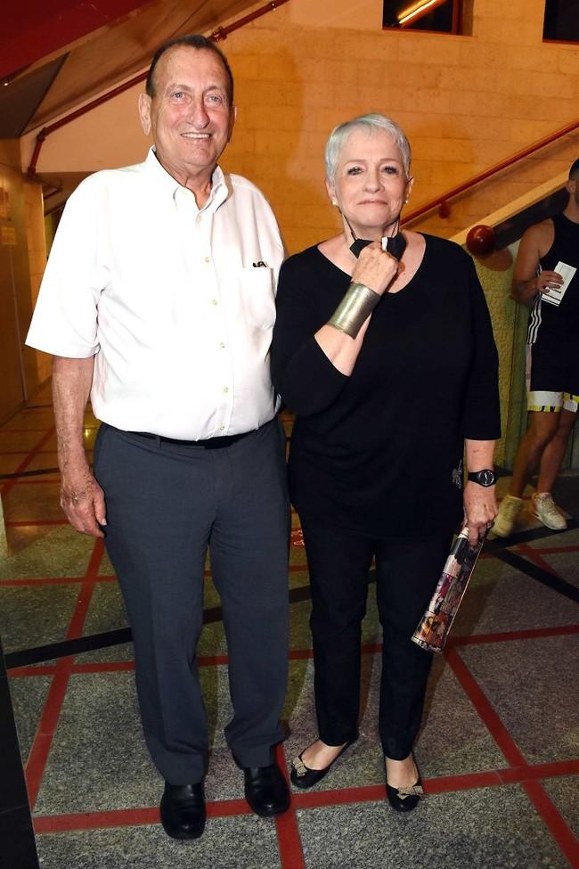 ראש עיריית תל אביב רון חולדאי ואשתו יעל (צילום: אמיר מאירי)