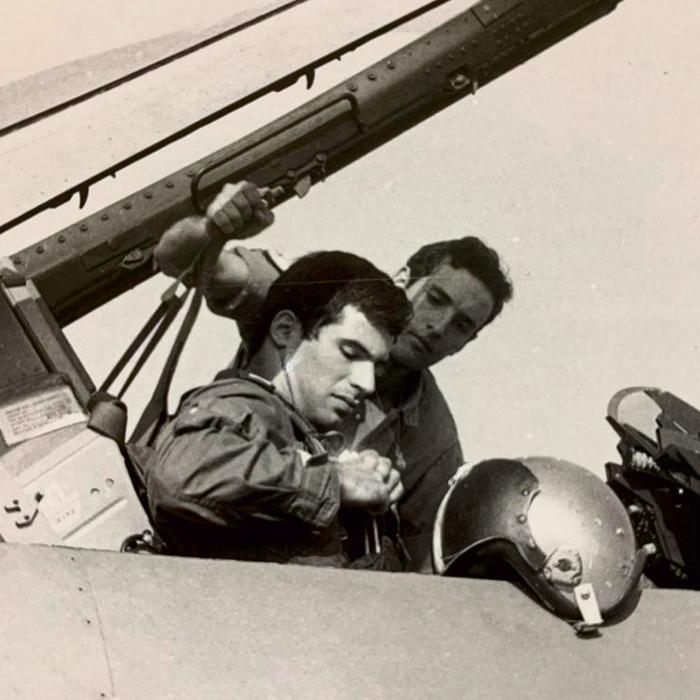 הפיל ארבעה מטוסי אויב בגיחה אחת. סטיבה כטייס חיל האוויר