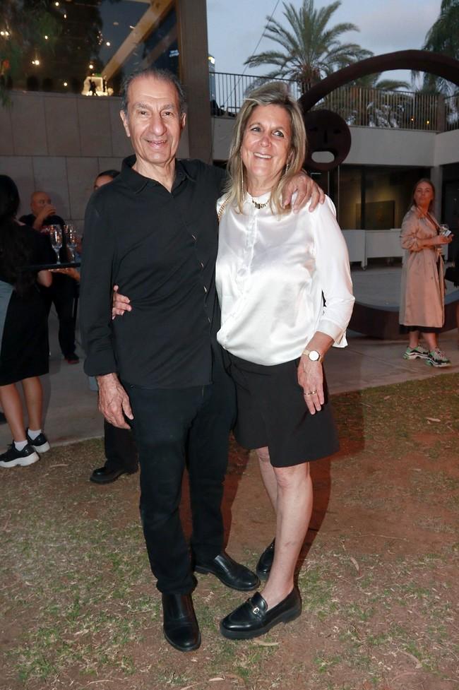 נראה שאתם נהנים. ששון גבאי ואשתו דפנה (צילום: ענת מוסברג)