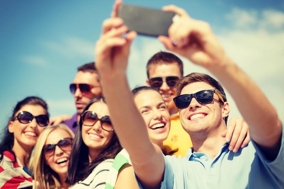 זיכרון של מפגש חברתי (צילום: Shutterstock)