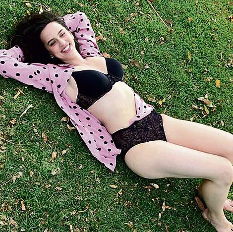 """גדעון בקמפיין לחברת 'טריומף'. """"הרגשתי נוח לעשות קמפיין להלבשה תחתונה חודשיים וחצי אחרי לידה""""   צילום: שי ארבל כהן"""