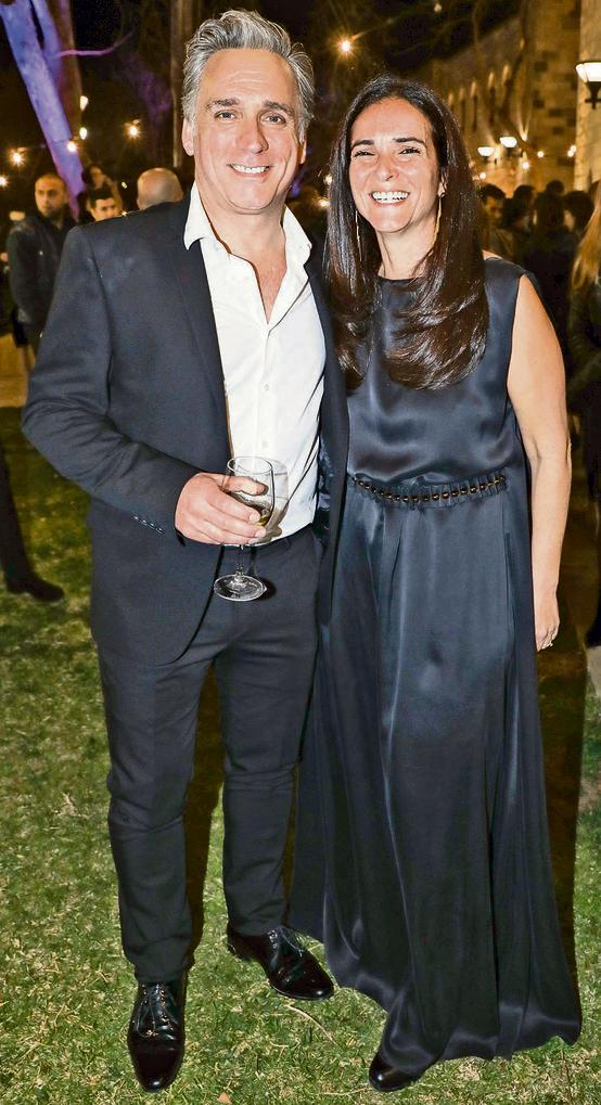 אנחנו פאוור־קאפל? עם אשתו, המפיקה מאיה אמסלם | צילום: רפי דלויה