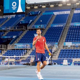 הטניסאי הסרבי נובאק ג'וקוביץ' במהלך אימון   צילום: גטי אימג'ס