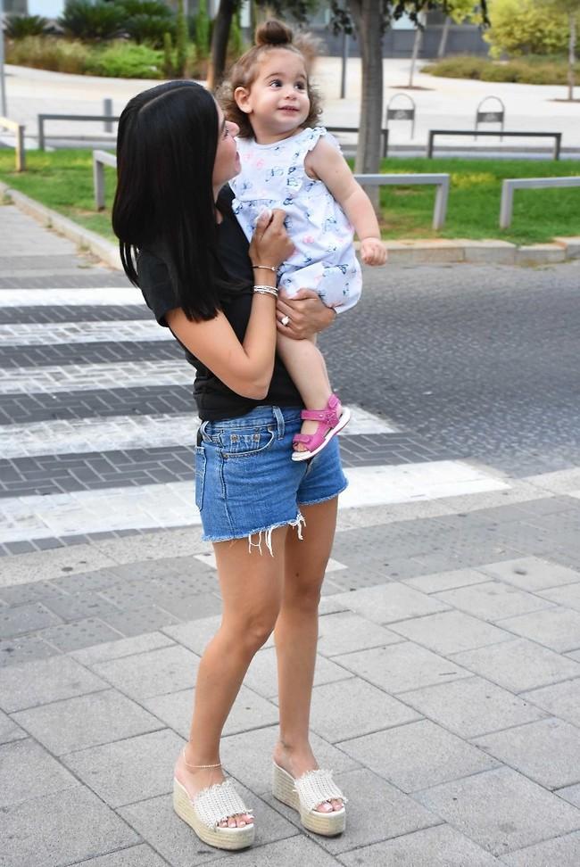 עם הבת אלי (צילום: אמיר מאירי)