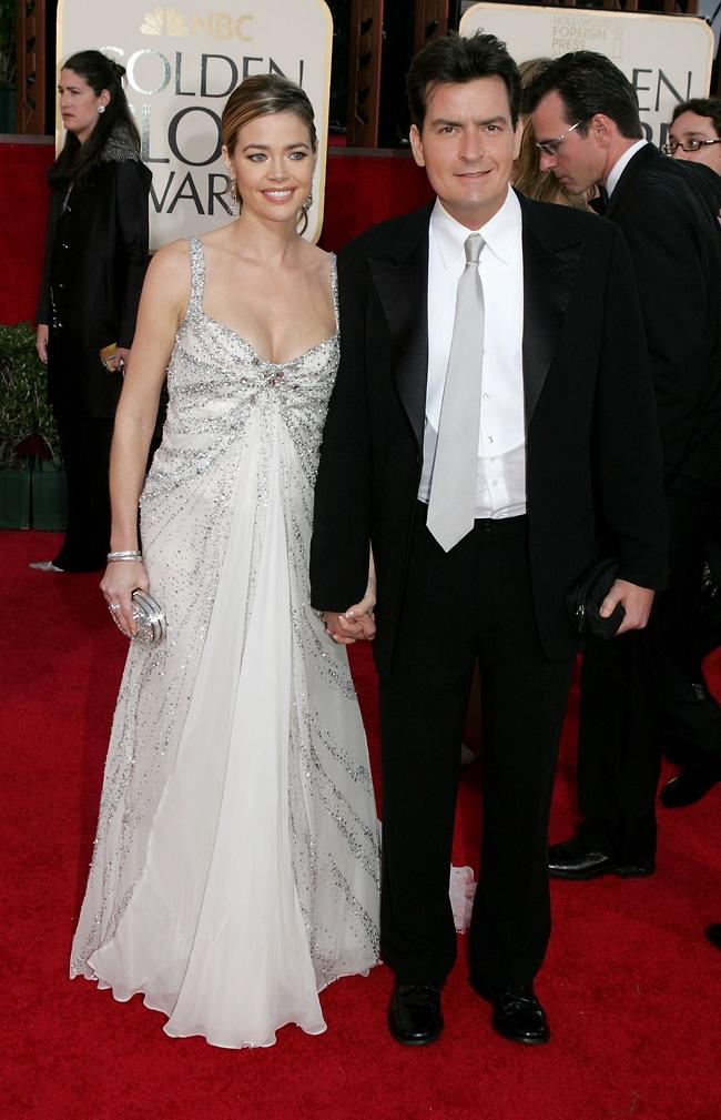צ'רלי שין ודניס ריצ'רדס (צילום: GettyImages)