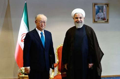 IAEA chief Yukiya Amano with Iranian President Hassan Rouhani