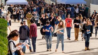 Students at Ben Gurion University in Be'er Sheva