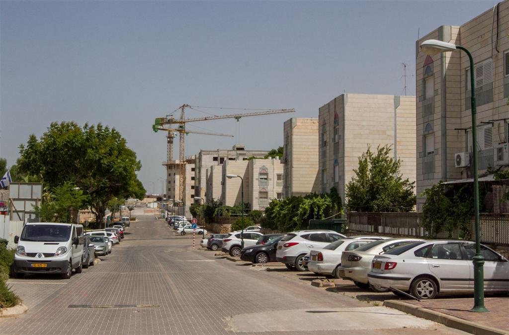 דירת גן עם 4 חדרים ב-1.58 מיליון שקל. חריש