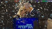 בני הזוג נתניהו בחגיגות ניצחון במטה הליכוד לאחר תוצאות הבחירות