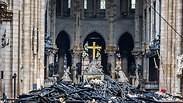 נזקי ה שריפה קתדרלה נוטרדאם פריז צרפת