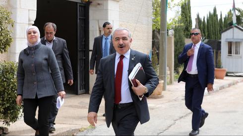 מוחמד אשתייה ראש ממשלה פלסטינית פלסטיני פלסטינים הרשות הפלסטינית