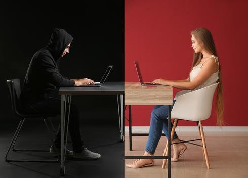 הדמיית סכנות לנוער בגלישה באינטרנט