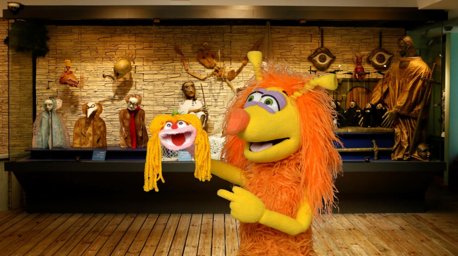 סיורים תיאטרליים במוזיאון לאמנות תיאטרון הבובות