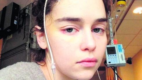 אמיליה קלארק בבית החולים