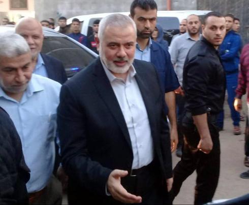 איסמאעיל הנייה הגיע לנחם את משפחתו של בהא אבו אל-עטא