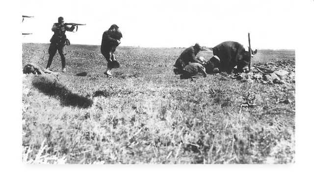 The Ivanhorod Einsatzgruppen photograph