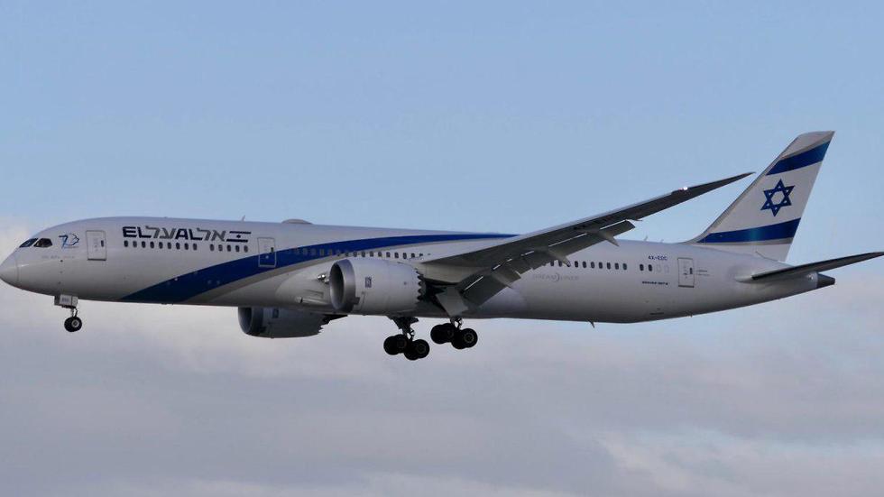 מטוס אל על בואינג 787