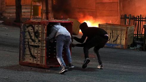"""עימותים בין שוטרי מג""""ב לפלסטינים באזור חברון"""