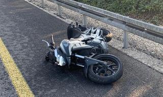זירת התאונה בכביש 40 סמוך לרחובות