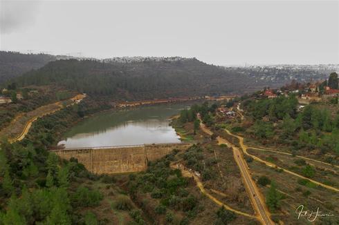 מאגר וסכר בית זית