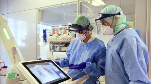 Борьба с коронавирусом. Фото: AFP
