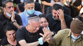 Hundreds attend funeral of slain IDF soldier