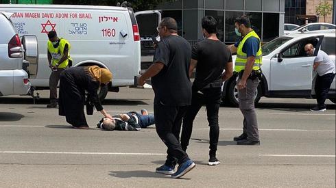 """Ходил без маски, получил замечание, вытащил нож: подробности драмы в больнице """"Шиба""""-Израиль"""