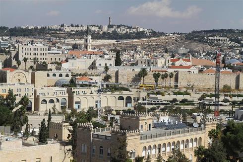 נוף העיר העתיקה מתצפית מגדל ימקא