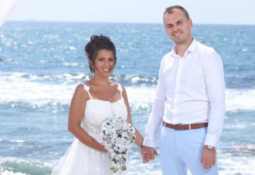 """ארטיום לאונטיב ובת זוגו: """"המדינה צריכה להתחשב במצב הרגיש של הזוגות ולהעניק היתר לטקסים שכבר בוצעו"""""""