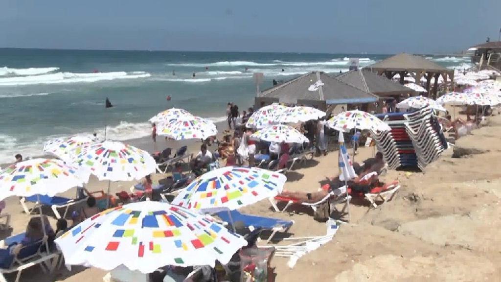 חוף הצוק תל אביב