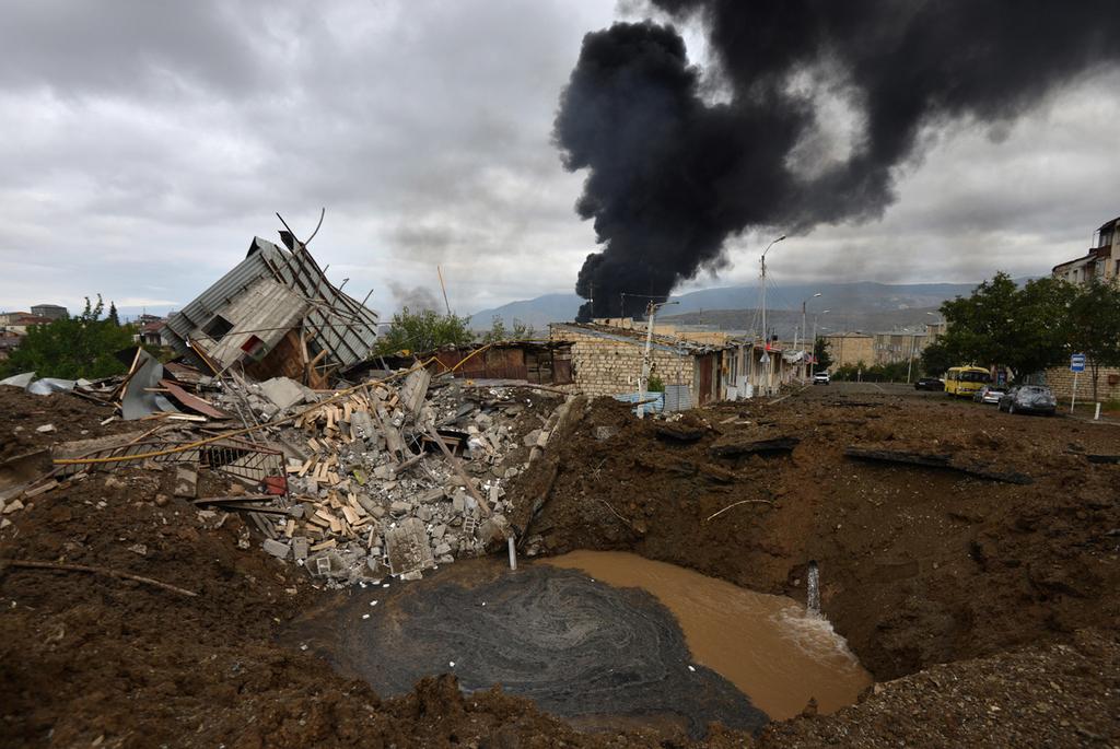 נגורנו קרבאך תקיפה ב עיר הבירה סטפנקרט מלחמה אזרבייג'ן ארמניה