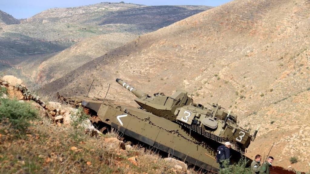 אימון עבירות לטנקים של חטיבה 188 בבקעת הירדן כהכנה למלחמה בלבנון