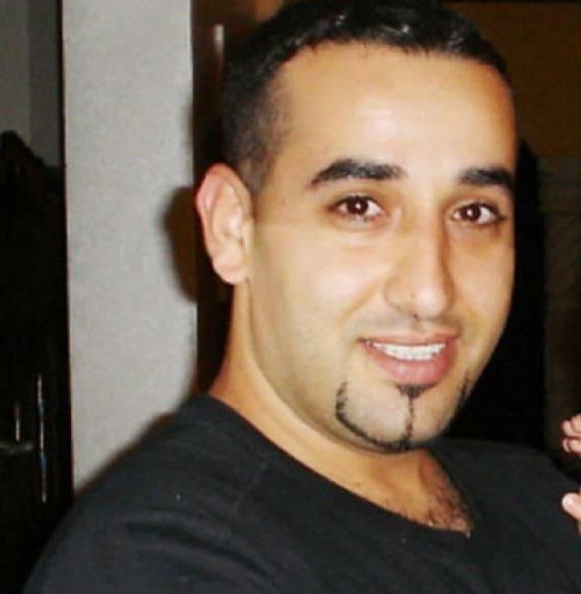 """משפחת ישראלי שנמצא 10 שנים בכלא המצרי: """"נתניהו לא מוכן להיפגש איתנו"""" R1DUUmBNd_2_0_638_652_0_x-large"""
