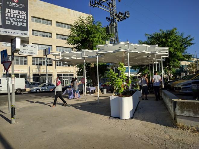 מקום 2 המרענן האמיתי של הפרס: פינת התרעננות בירושלים, אדריכלים רוברט אונגר וגיל הרבג'יו כהן, קולקטיב אנייה