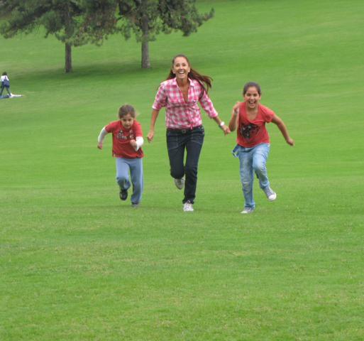 זמן איכות בפארק עם הבנות