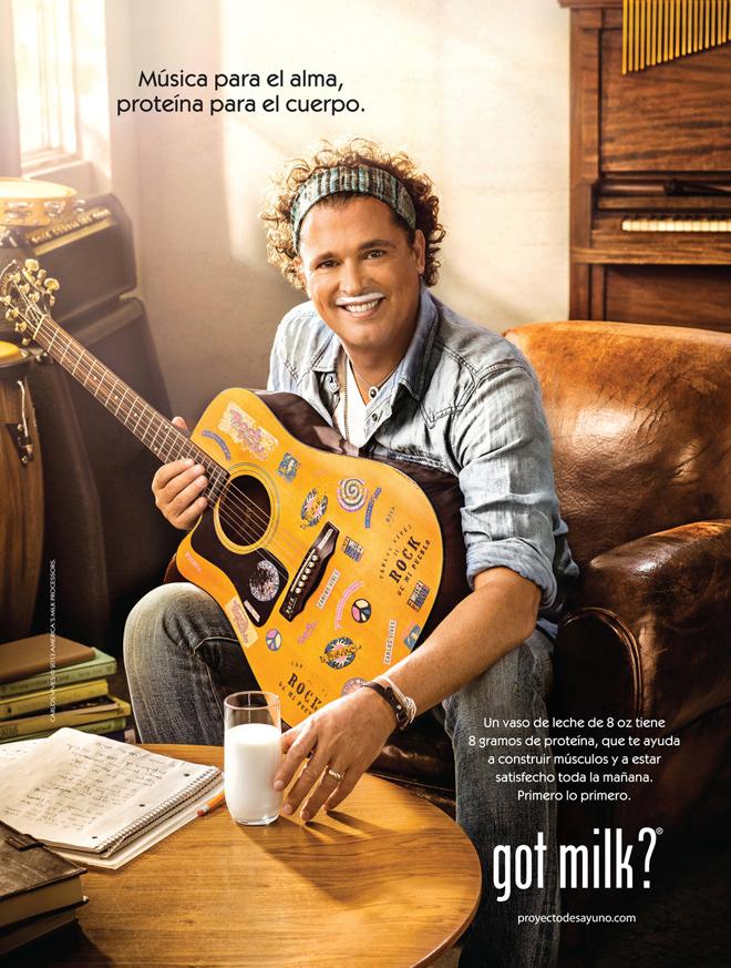 הזמר קרלוס וויבס בקמפיין מקסיקני משנת 2013